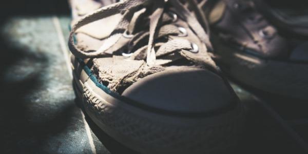 Qué hacer con tus zapatos viejos