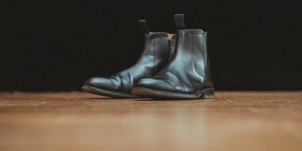 Cómo combinar botas Chelsea